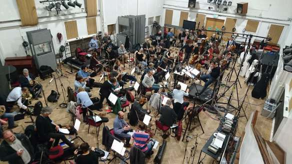 Abbey Road s2 - orchestra tuning